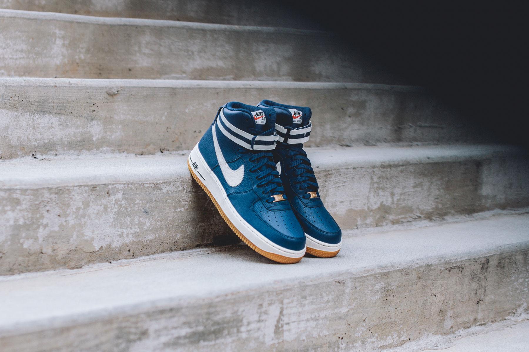 Nike Air Force 1 High '07 \